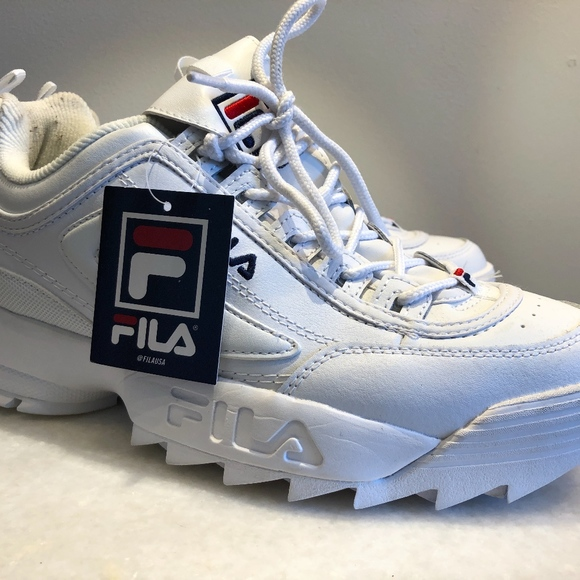 FILA WMNS WHITE DISRUPTOR II CASUAL ATHLETIC SHOES NWT